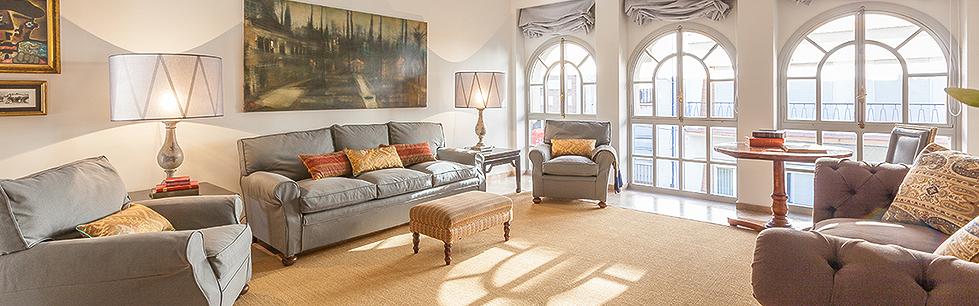 Alquiler de apartamentos sevilla calle rioja spain select for Alquiler apartamentos sevilla espana